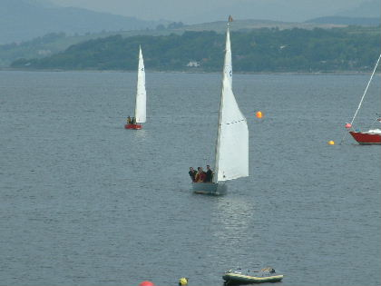 Approaching the start at the Laing O'Rourke sailing day